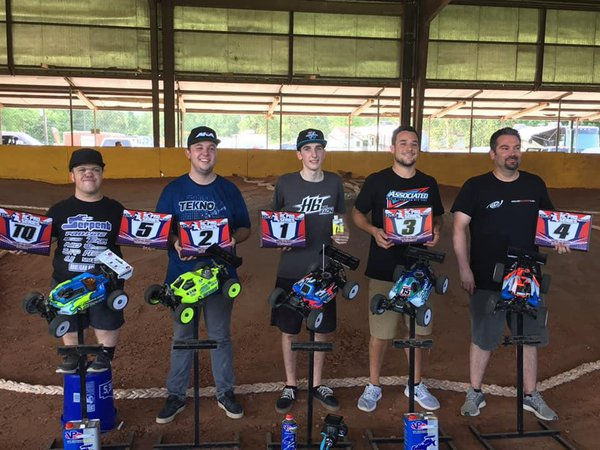 Main Photo: Caldwell, Hooks, and Hughes Win RC Pro South R2