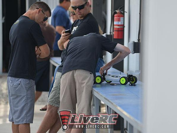 Main Photo: LRC EXCLUSIVE: TLR 4WD Spy Shots!