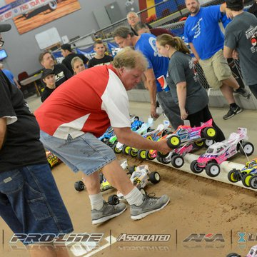 Gallery Photo 229 for 2015 ROAR 1:10 Electric Off-Road Nationals