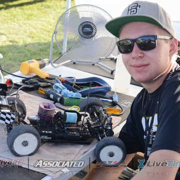 Gallery Photo 184 for 2015 2nd Annual LiveRC Race