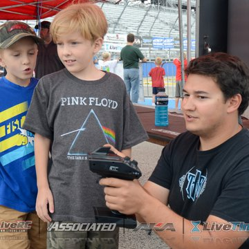 Gallery Photo 150 for 2015 Milwaukee Mile R/C Race