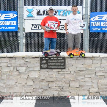 Gallery Photo 184 for 2015 Milwaukee Mile R/C Race