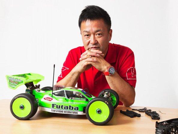 Main Photo: Yuichi Kanai discusses new Kyosho MP10 design