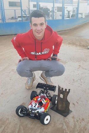 Main Photo: Canas wins final round of Spanish Championship