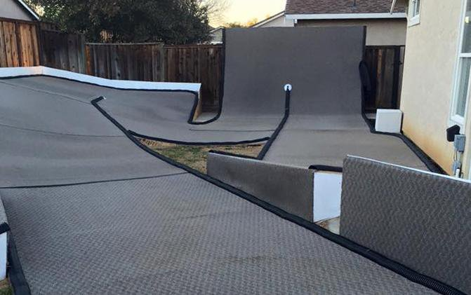 Main Photo: Coolest backyard track ever to host New Year's Day race in NorCal's Bay Area