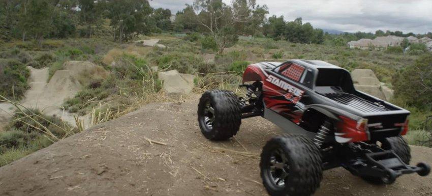 Main Photo: Traxxas Stampede 4x4 Dirt Jump Paradise [VIDEO]