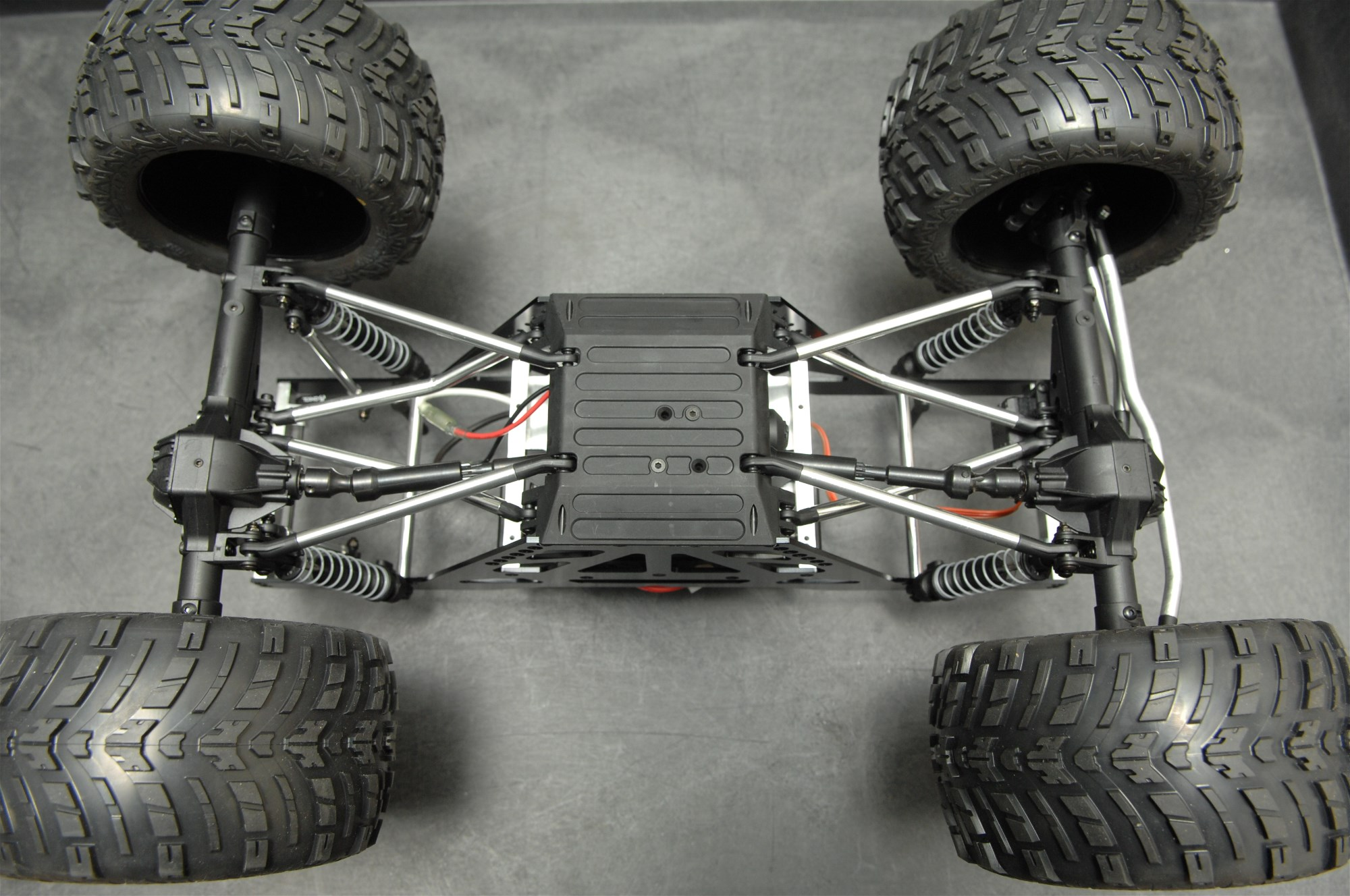 low cg chassis design - HD2000×1328