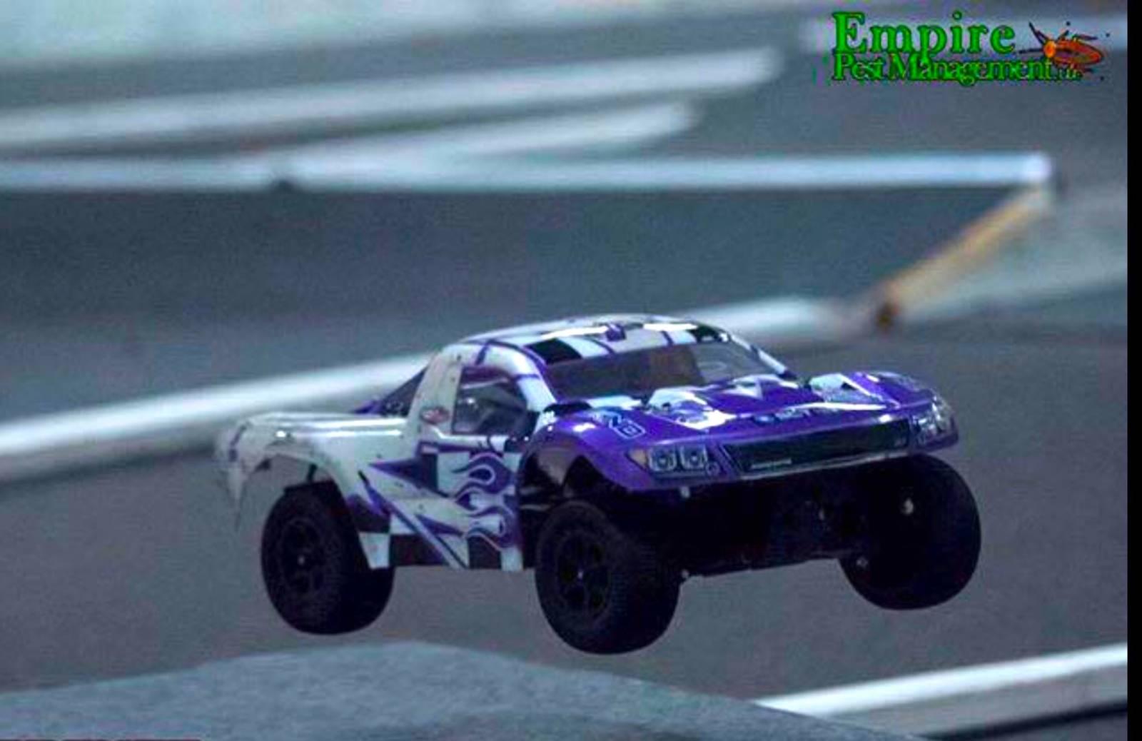 Homemade Tekno RC SCT410 2WD conversion [VIDEO] :: LiveRC